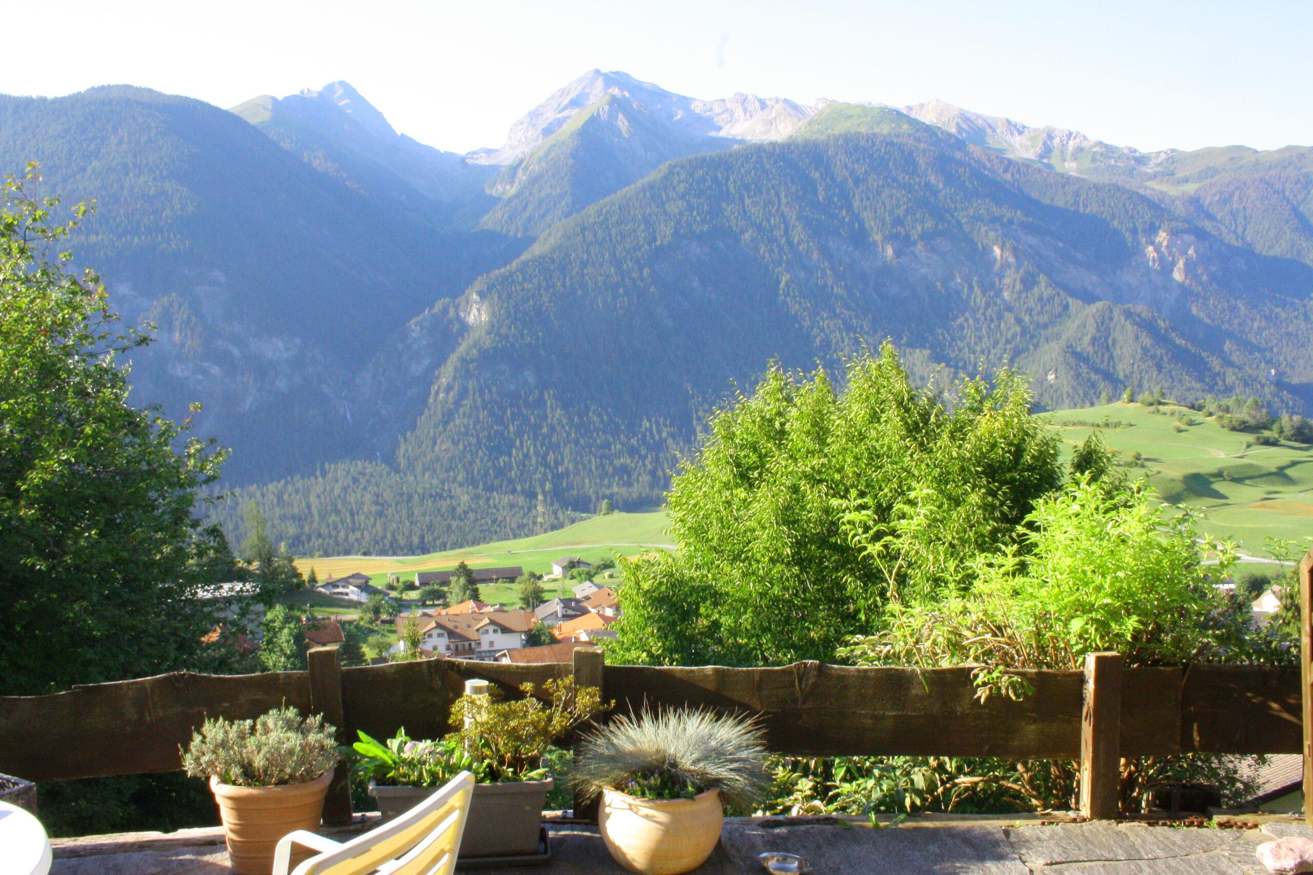 Chalet Conzen Bergpanorama Terrassenaussicht